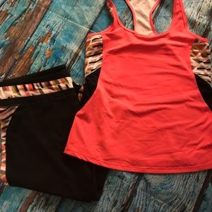 Fabletics workout outfit top and capris. Small